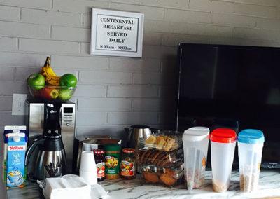 Wingham Lindon Motel Continental Breakfast